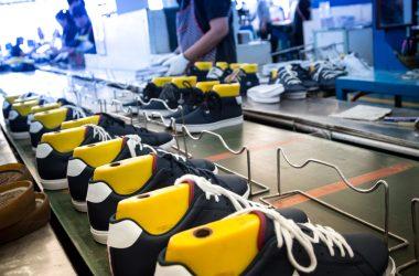 Zástupcovia textilného, odevného, obuvníckeho a kožiarskeho priemyslu sa stretli online